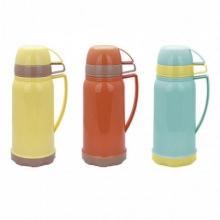 Термос1800мл. со стеклянной колбой и 2 пластитковыми чашками